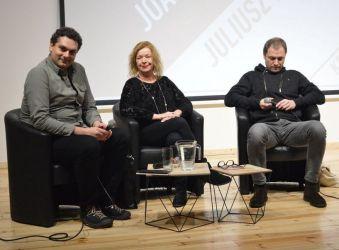 Zdjęcie ze spotkania poetyckiego z J. Oparek i J. Pielichowskim